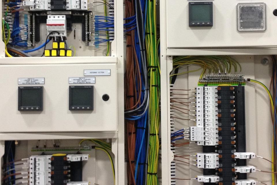 Brilliant Electrical Panelboards Power Distribution Boards E I Engineering Wiring Cloud Faunaidewilluminateatxorg