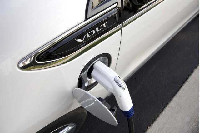 Awe Inspiring Gm Well Replace Chevrolet Volt 120 Volt Charging Units Wiring Cloud Biosomenaidewilluminateatxorg