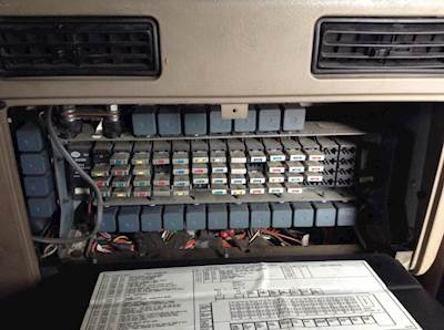 International Truck Fuse Box Diagram - 1982 Ford Bronco Wiring for Wiring  Diagram Schematics