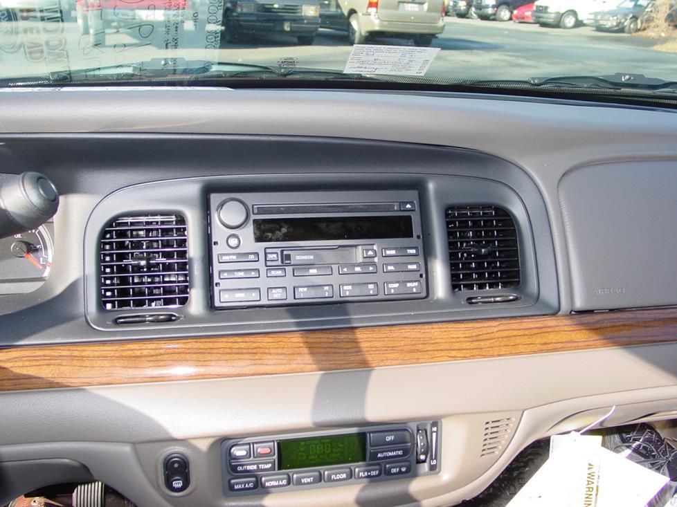 Astonishing 2003 2011 Ford Crown Victoria And Mercury Grand Marquis Car Audio Wiring Cloud Ittabpendurdonanfuldomelitekicepsianuembamohammedshrineorg