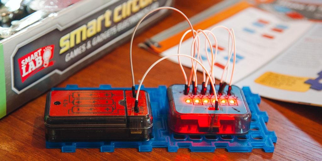 Swell The Best Electronics Kits For Kids And Beginners Reviews By Wiring Cloud Cranvenetmohammedshrineorg