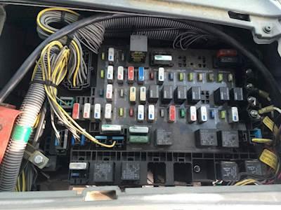 [DIAGRAM_5LK]  OM_6695] Freightliner Fuse Box Schematic Wiring | 2007 Freightliner Fuse Box |  | Hist Push Terst Gho Wigeg Mohammedshrine Librar Wiring 101