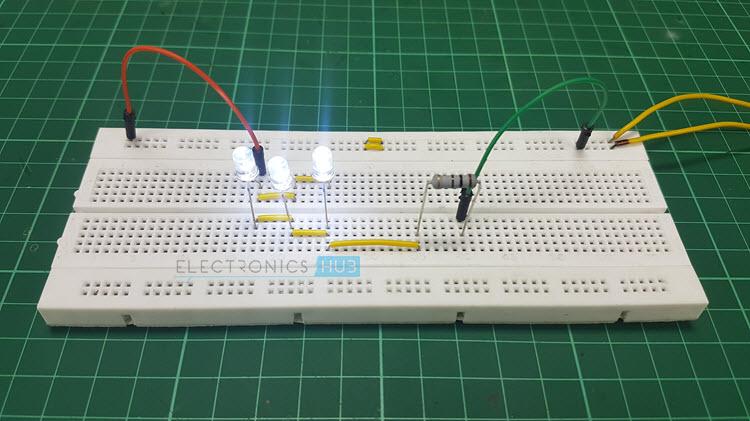 Tremendous Simple Led Circuits Single Led Series Leds And Parallel Leds Wiring Cloud Ittabpendurdonanfuldomelitekicepsianuembamohammedshrineorg