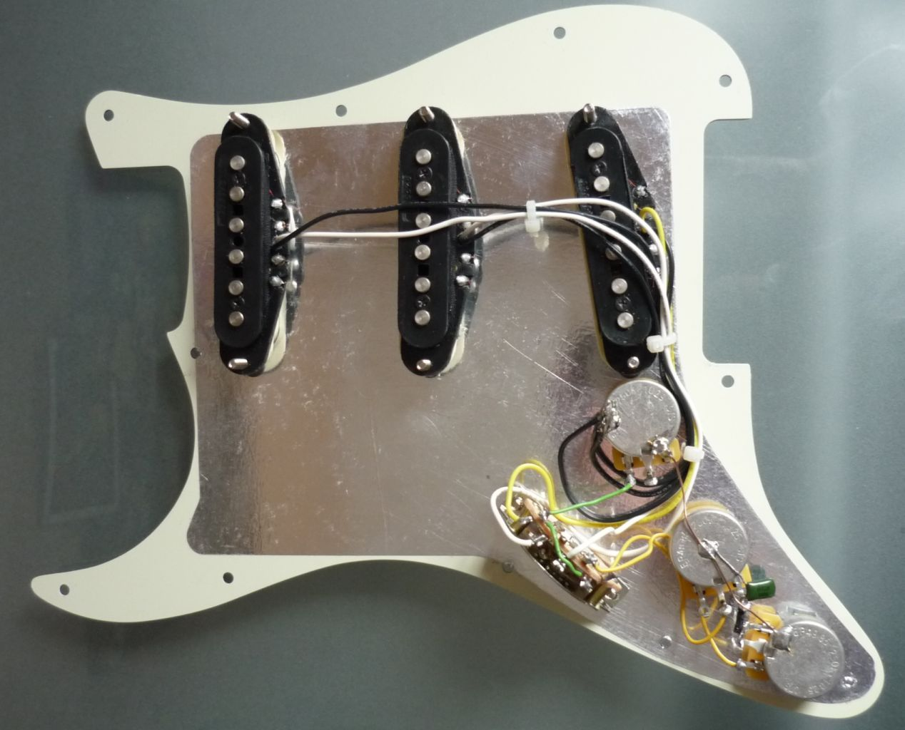 Lincoln Brewster Strat Wiring Diagram from static-cdn.imageservice.cloud