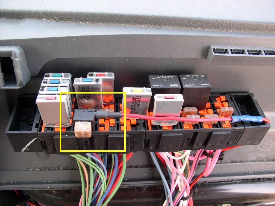 2007 volvo 670 fuse box xf 8050  2005 volvo 670 fuse box  xf 8050  2005 volvo 670 fuse box