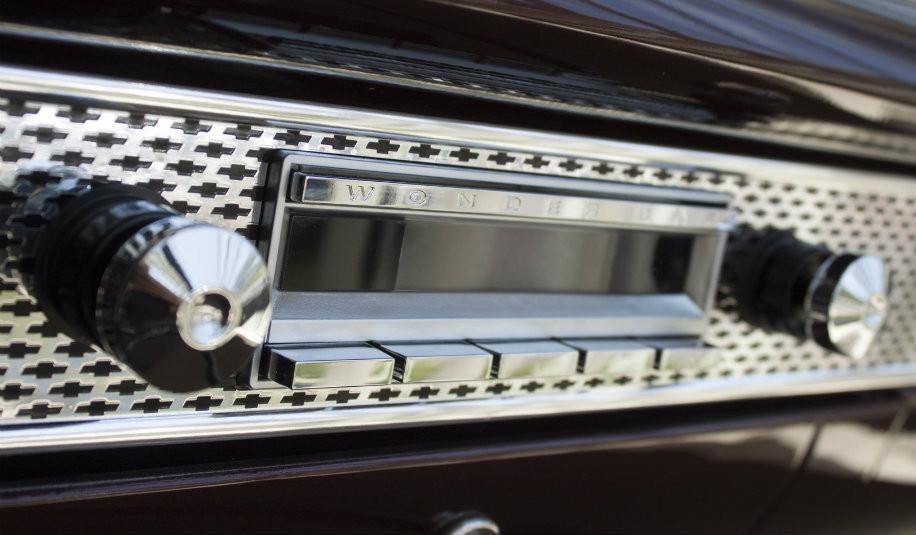 Phenomenal Retrosound Wonder Bar Radio For Classic Gm Cars Retro Manufacturing Wiring Cloud Histehirlexornumapkesianilluminateatxorg