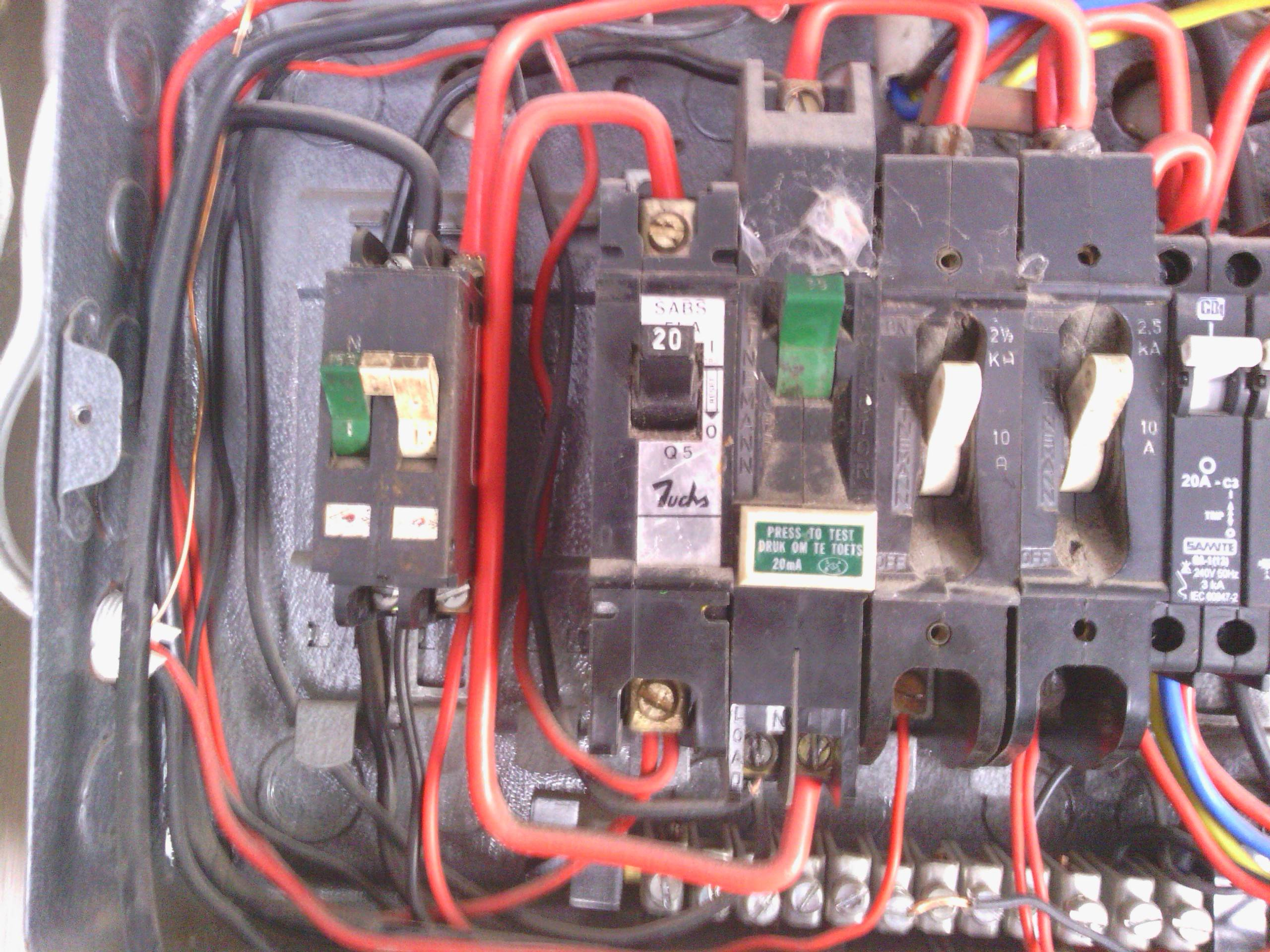 Strange Electrical Why Two Breakers One For The Line One For The Neutral Wiring Cloud Xortanetembamohammedshrineorg