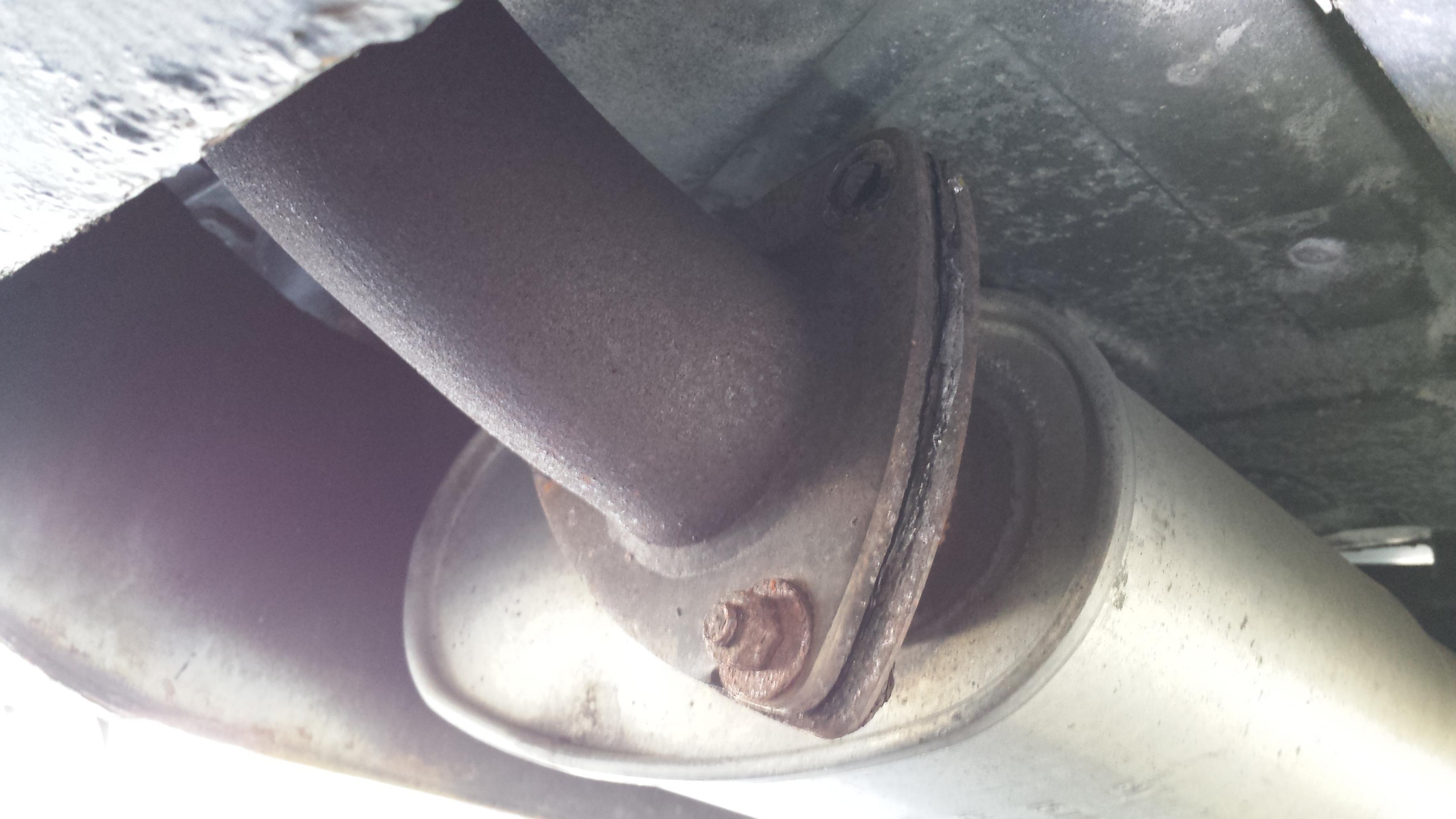 Terrific Broken Bolt Exhaust Pipe Blazer Forum Chevy Blazer Forums Wiring Cloud Licukaidewilluminateatxorg