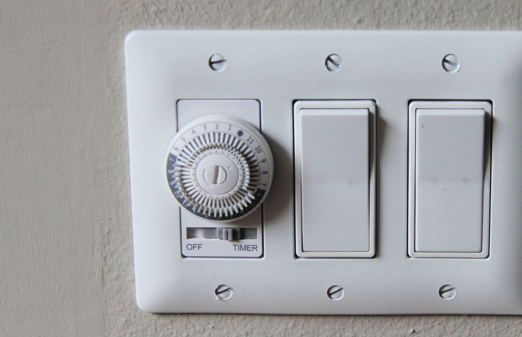 Super How To Choose And Install A Programmable Wall Switch Timer The Wiring Cloud Ostrrenstrafr09Org