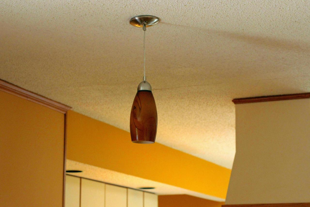 Amazing How To Install A Pendant Light How Tos Diy Wiring Cloud Counpengheilarigresichrocarnosporgarnagrebsunhorelemohammedshrineorg