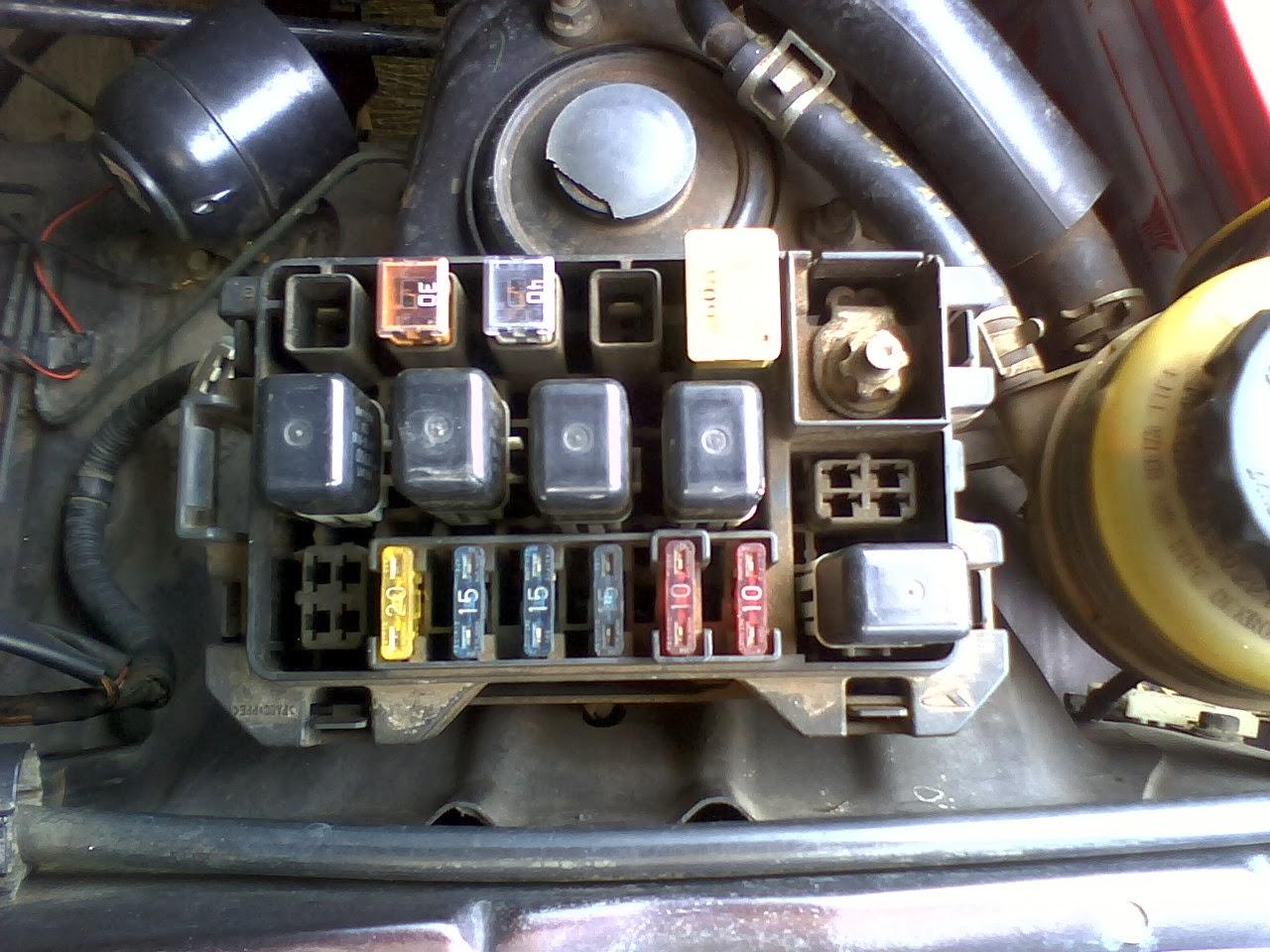 daihatsu yrv fuse box location hb 8938  daihatsu delta fuse box location  hb 8938  daihatsu delta fuse box location
