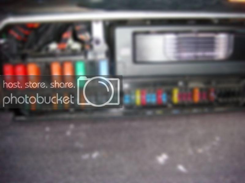 Awe Inspiring 2006 Bmw 650I Fuse Diagram Basic Electronics Wiring Diagram Wiring Cloud Histehirlexornumapkesianilluminateatxorg